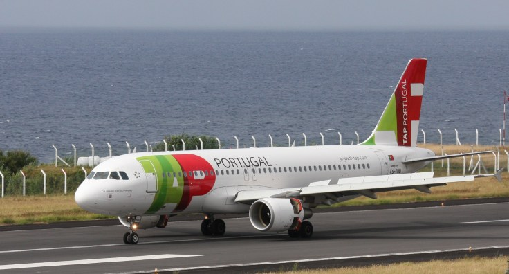 A320-TAP-CS-TNU-FNC