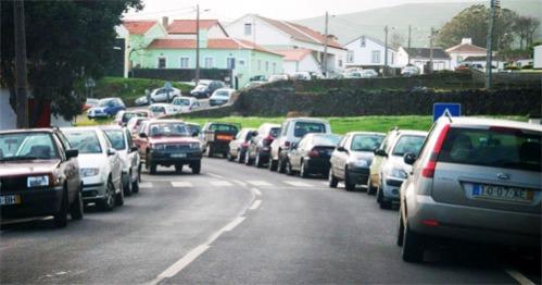 parking_roadside